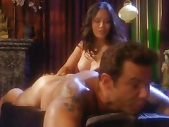 Horny Jessica Bangkok gives a saucy massage with extras