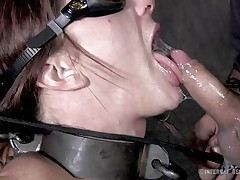 slut wants to have cum in her mouth
