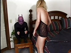 blonde babe gets her mouth fucked by a midget gargoyle