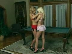 Blond lesbians work their pussies