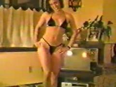 Housewife fitting bikini