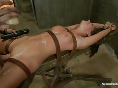Submissive cunt Rilynn enjoys being waxed and fucked in that tight wet pussy of hers at the same time. She has her hand tied up and her legs spread for a total domination from Xander. The executor sticks a vibrator on her clitoris, making her be insanely horny. What has Xander prepared for the bitch?