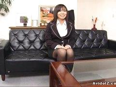 Hawt secretary Satomi Maeno sucks an ugly dick!
