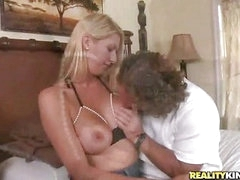 Look at her bra... amazing (Reality Kings » MILF Hunter)