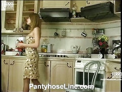 Alice&Mike cool pantyhose video
