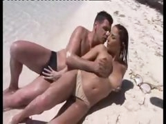 Sex on a beach with his exceedingly hot paramour