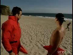 Hawt Baywatch girls didn't bother to hook boys and ended up fucking with each other