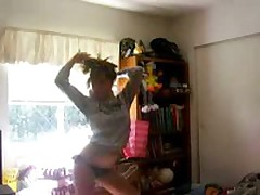 Hawt girl stripping and showing her stuff