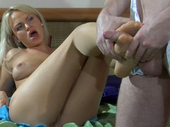Dolly&Rolf kinky nylon feet movie